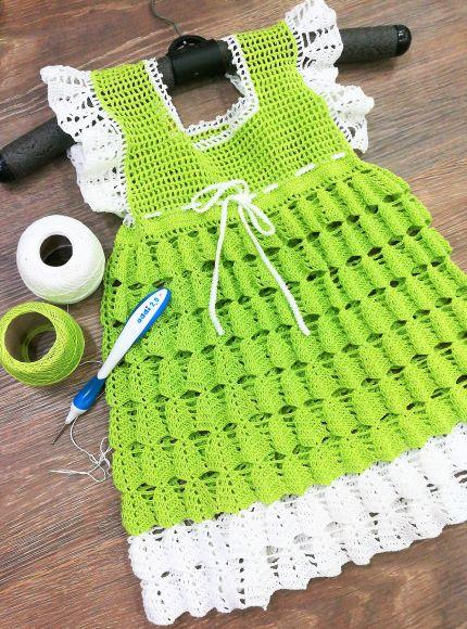 Платье крючком для девочки 4-5 лет