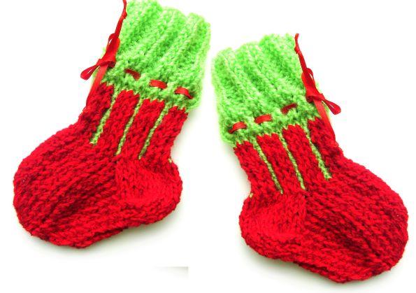 Как связать детские носки спицами для малышей